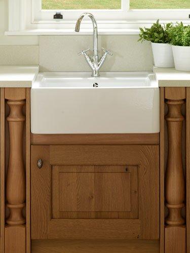 Stamford-sink-detail